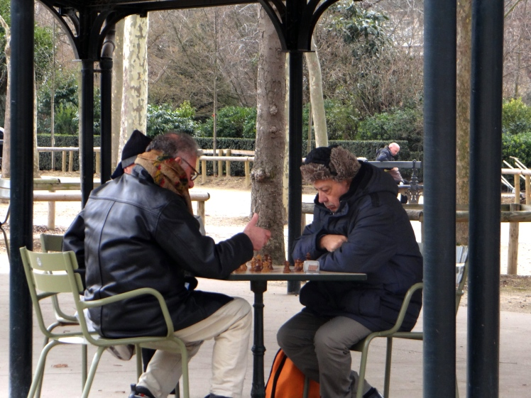 chess players in paris.jpg